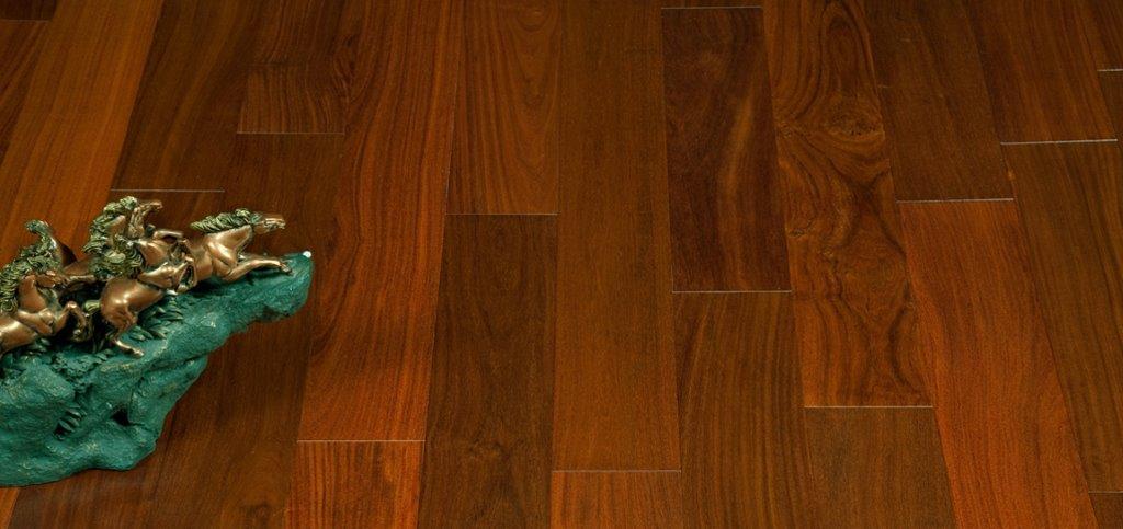 Santos Mahogany Exotic Hardwood Flooring Hero 1 Carpet Hardwood